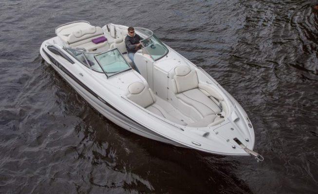 аренда катера сrownline 320
