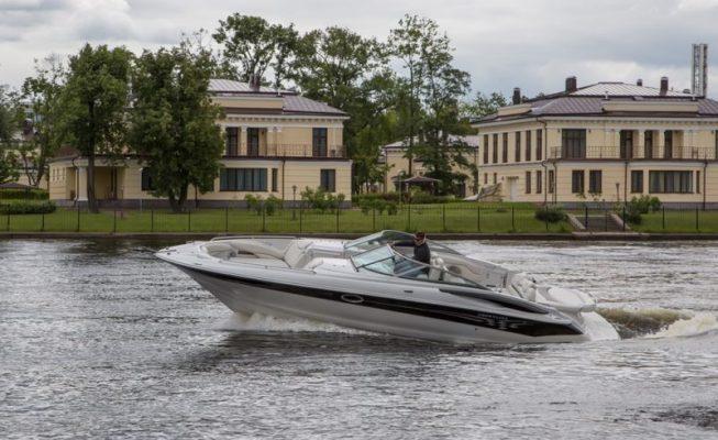 аренда катера crownline 320