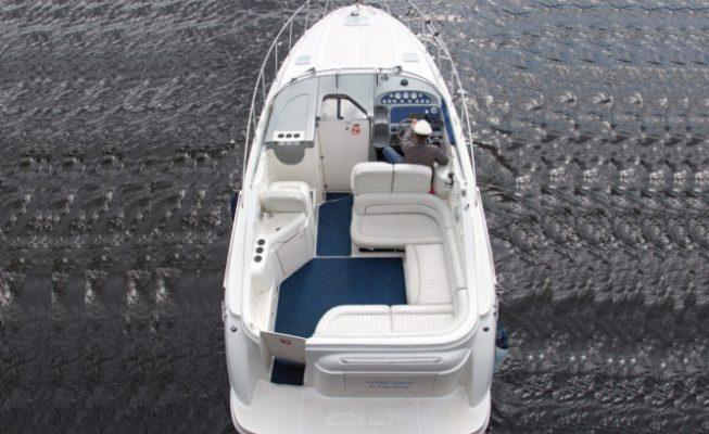 аренда катера bayliner 305