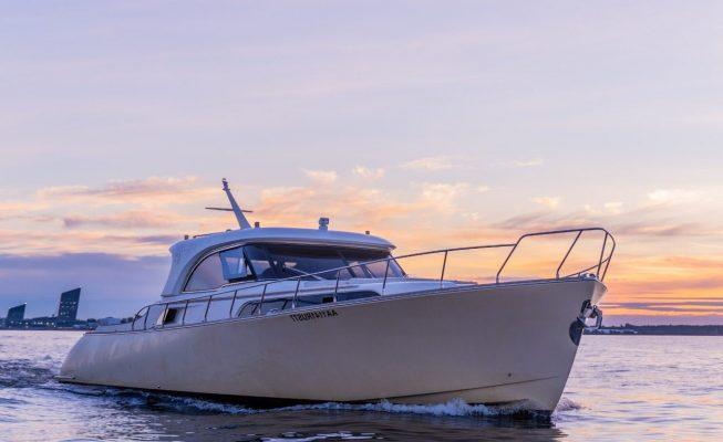 аренда яхты mochi craft 51